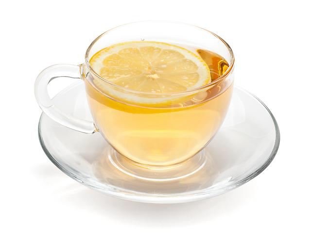 【朝の1杯でやせる!?】材料は2つだけ!「レモン白湯」で ...